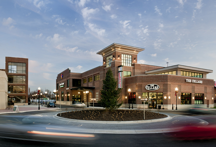 Harris Teeter Exterior Dusk Photo at McHenry Row